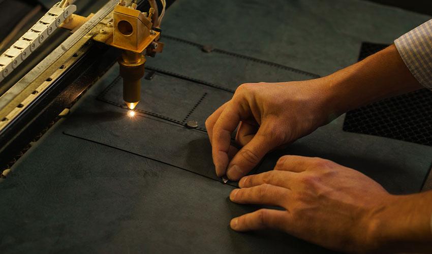 ZX-Laser-Machine-Application-Laser-Process-Leather