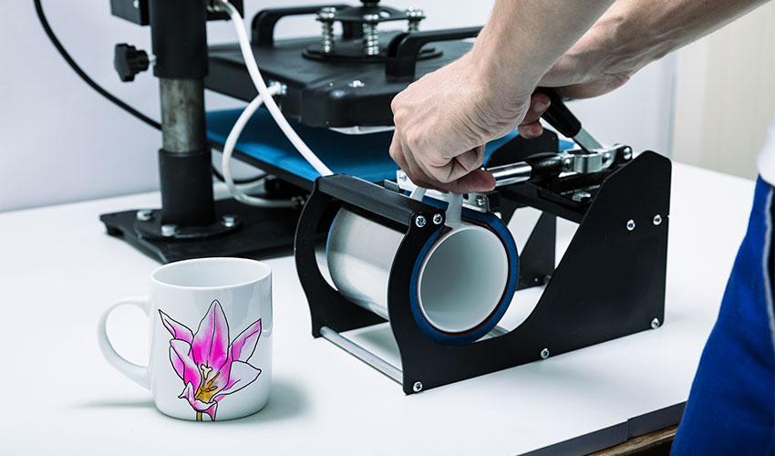 ZX-Heat-Transfer-Application-Printing-on-Mugs